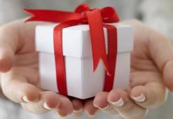 cum-poti-oferi-un-cadou-de-paste-arta-de-darui-o-surpriza