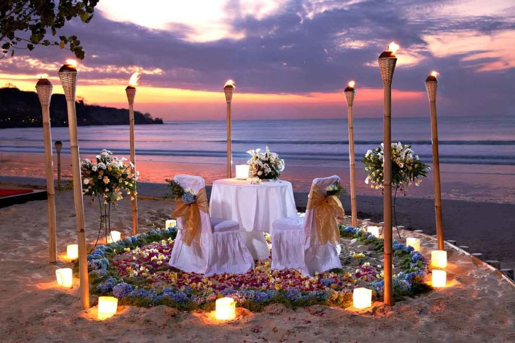 Romantic_Dinner_Jimbaran-1024x683