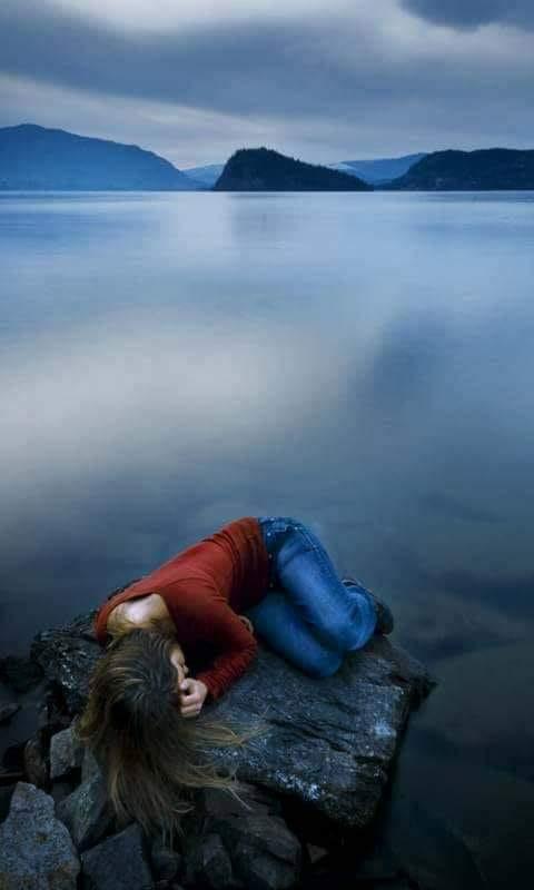 pe malul lacului am plans de sandu chiva