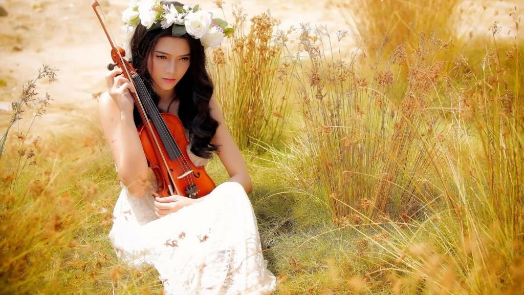 Mai stai o clipa tinerete de Mihaela CD