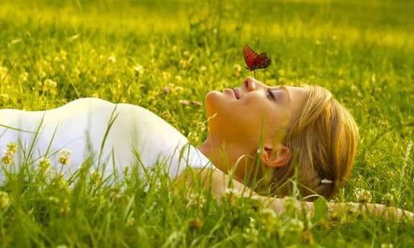 intinde-te pe iarba de sandu chiva