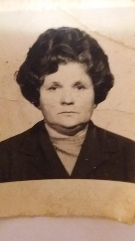 mama mea cu nume sfant de valentina petraru